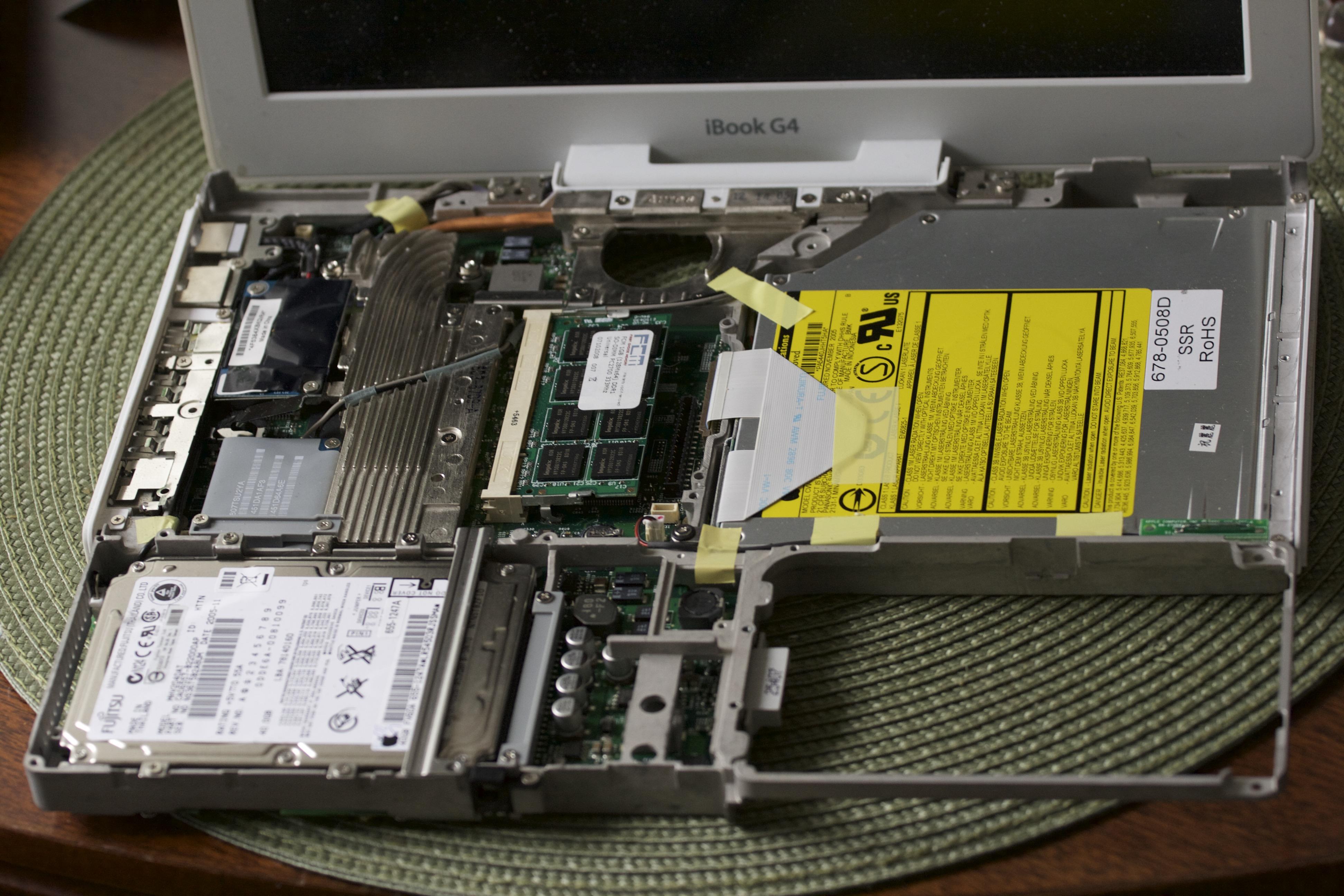 open iBook G4